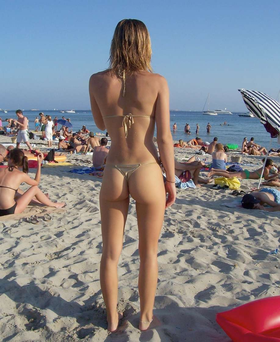 string topless plage (1)