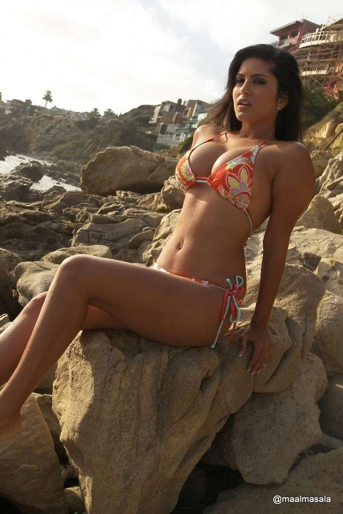 sunny leone bikini sexy (100)