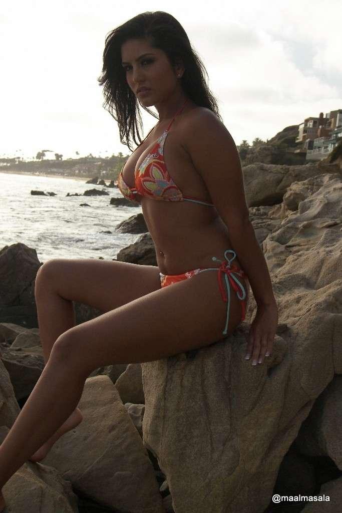 sunny leone bikini sexy (104)