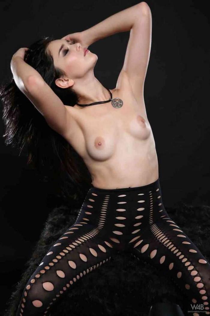 Vidéo noir collants taquiner longues jambes