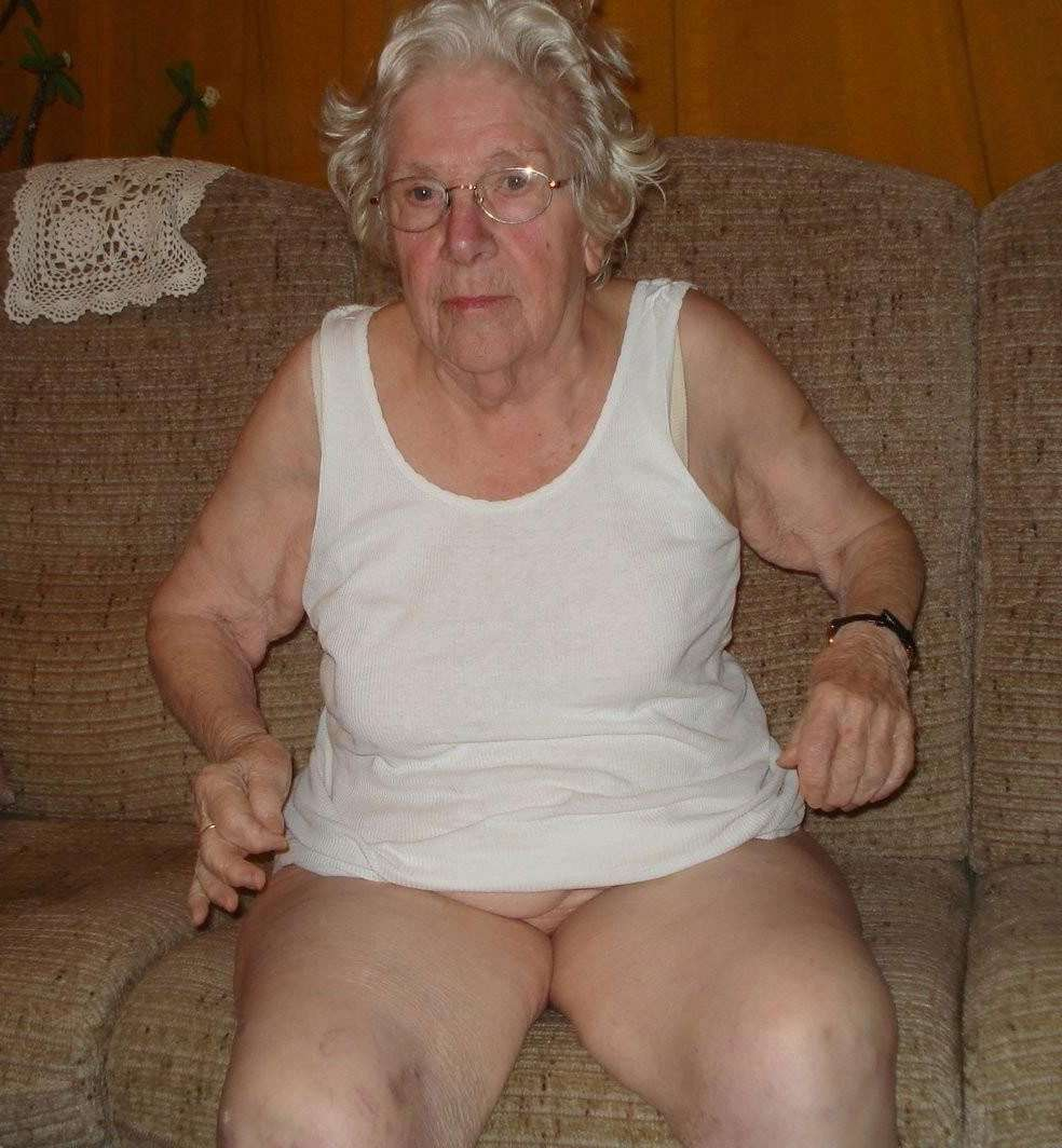 from Mack old women porn pic