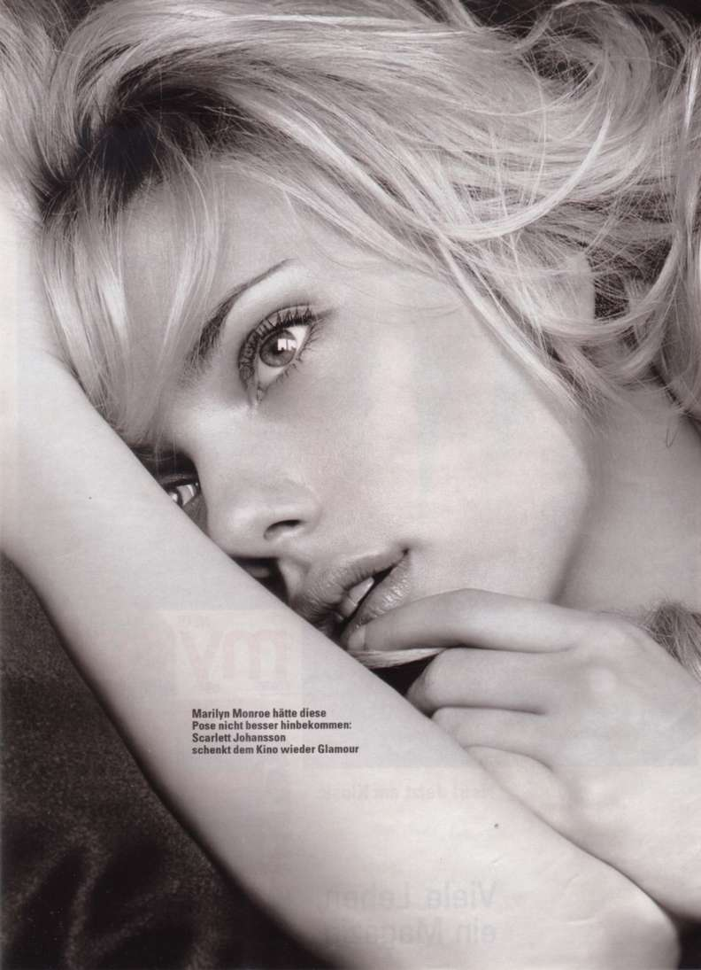 Scarlett Johansson a poils (10)