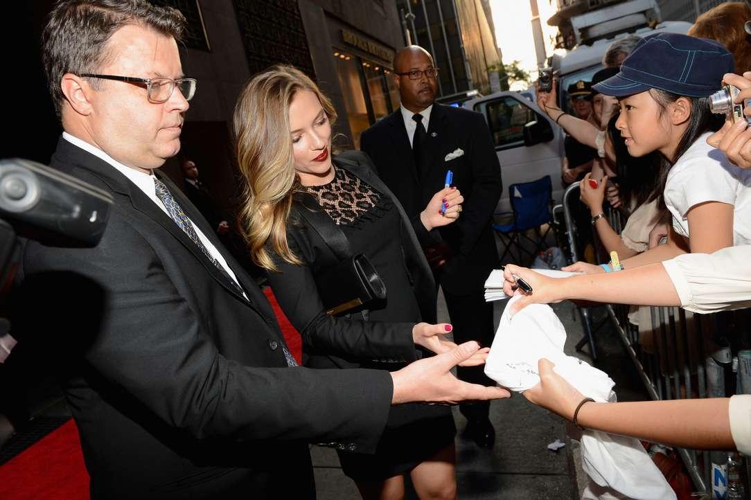 Scarlett Johansson a poils (21)
