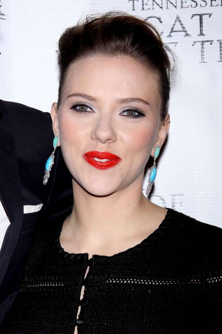 Scarlett Johansson a poils (23)