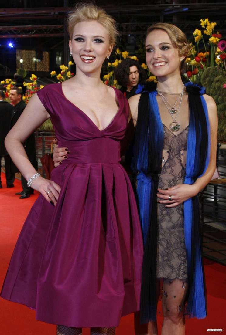 Scarlett Johansson a poils (3)