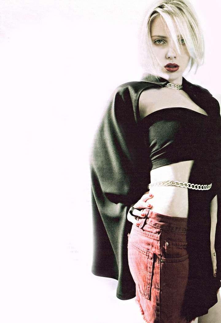 Scarlett Johansson nue (15)