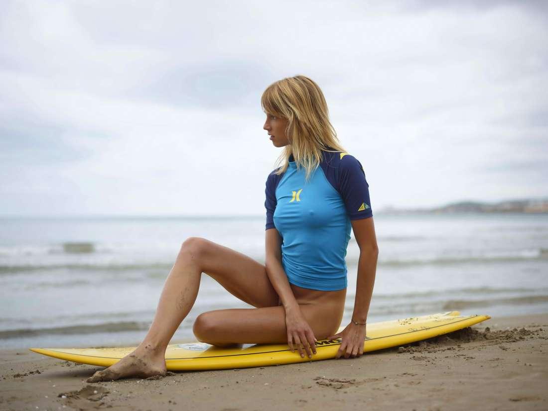 blonde cul nu surfeuse (119)