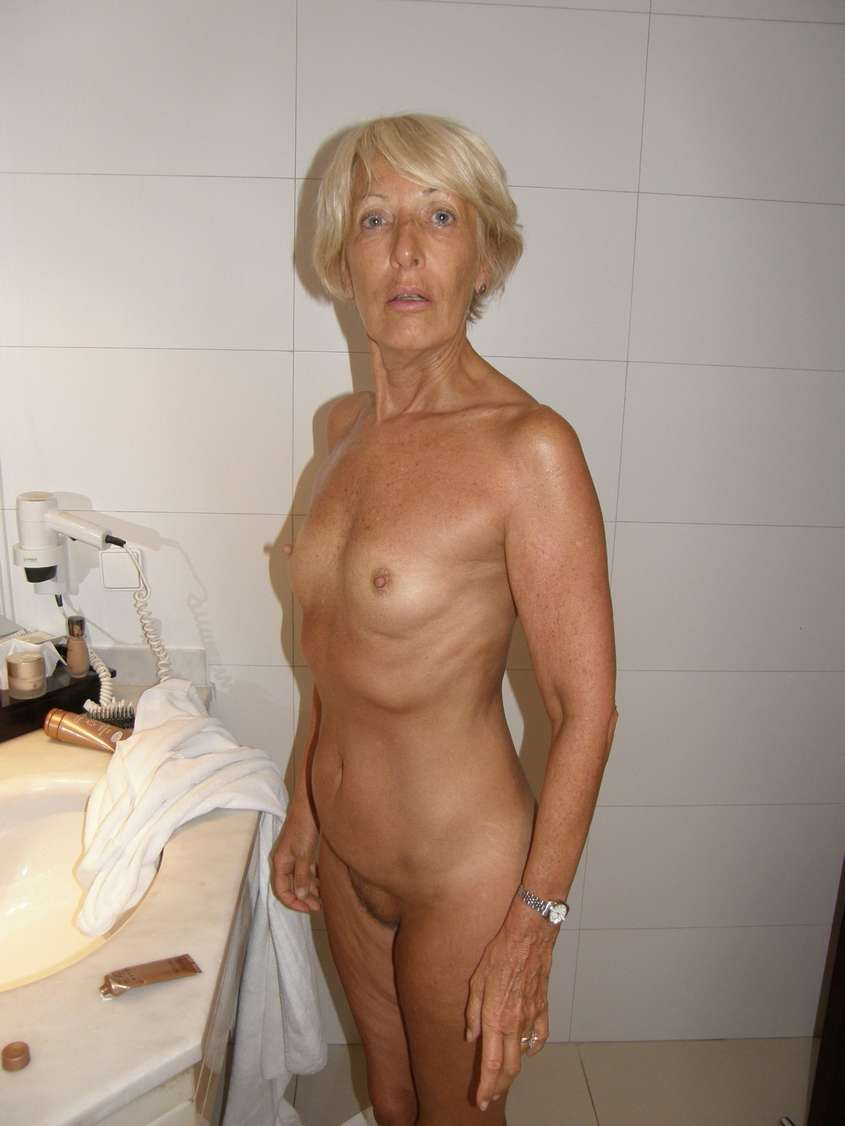 bourgeoise mature exhibe nue (21)
