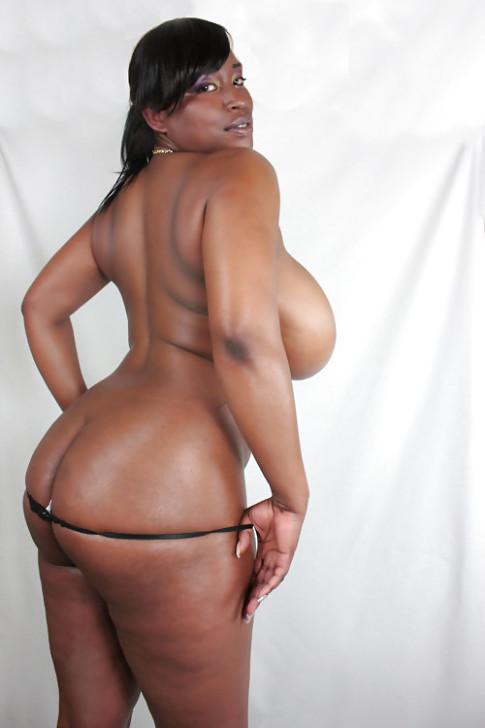 Photos de femmes avec de gros seins naturels