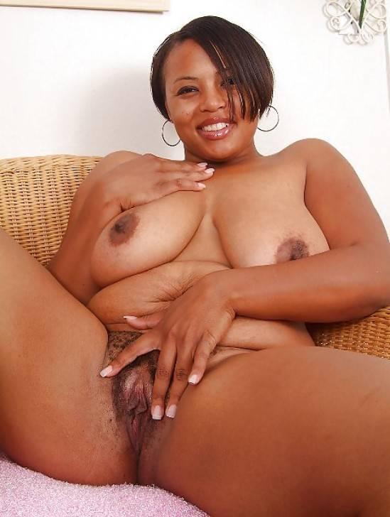 femme africaine nue gros nichons (111)