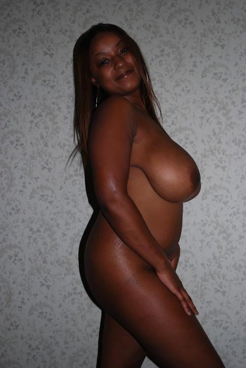 femme africaine nue gros nichons (119)