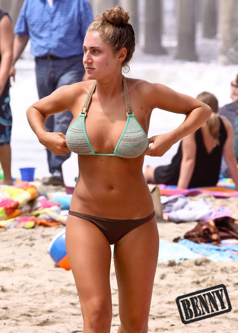 fille gros nichons plage (8)