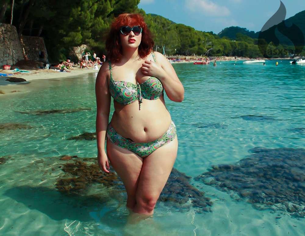 grosse bikini plage (12)