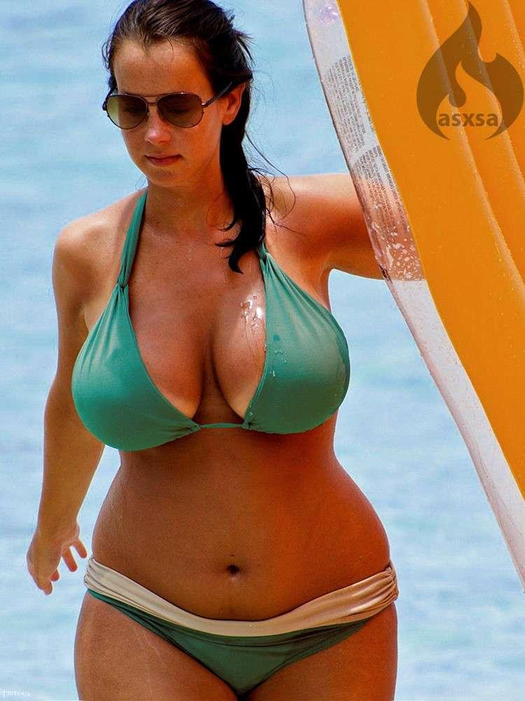 grosse bikini plage (13)