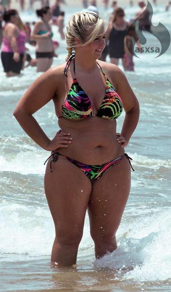 grosse bikini plage (24)