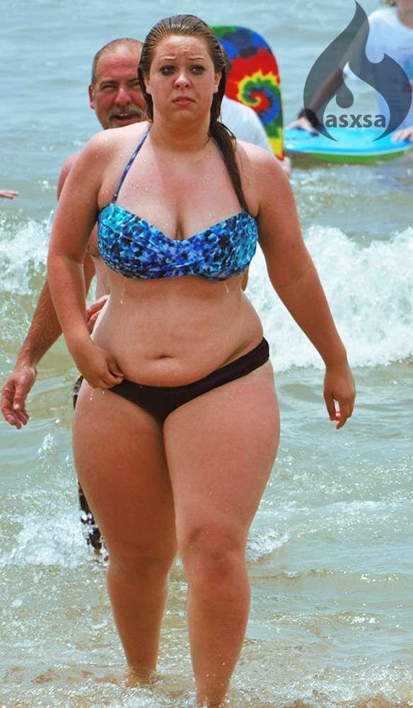grosse bikini plage (27)