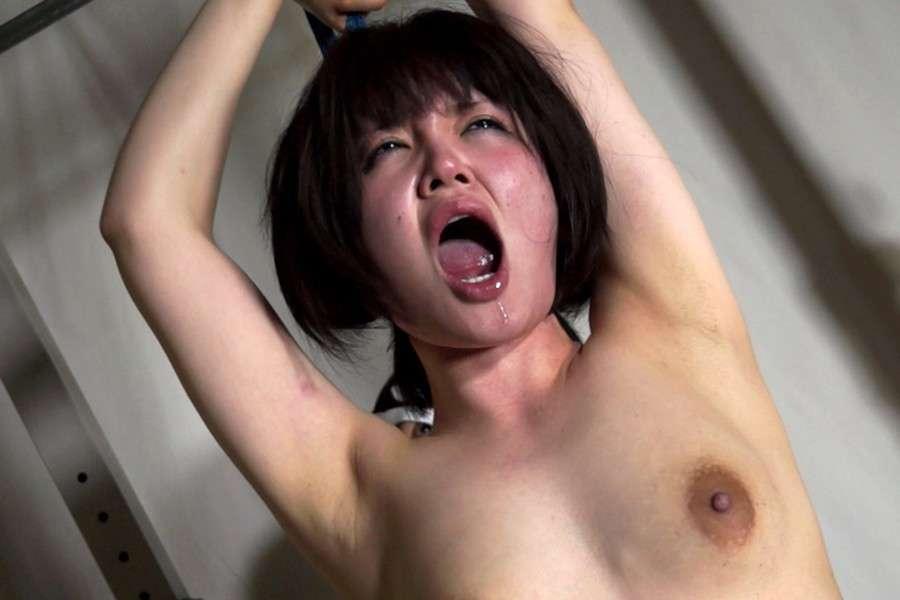 japonaise nue soumise (100)