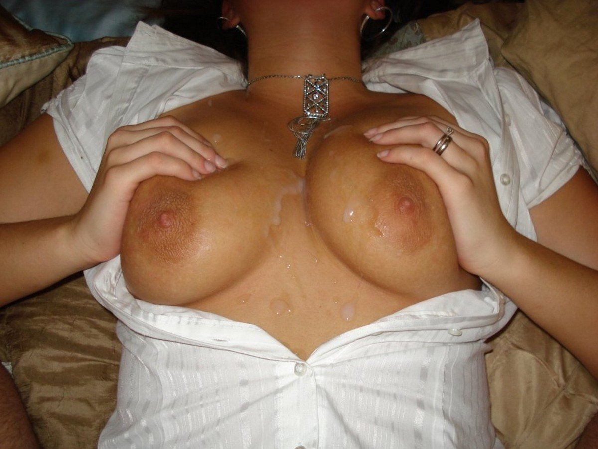 Amateur-Shaved-Wife-Wearing-Wedding-Ring-Playing-With-Bottle-23