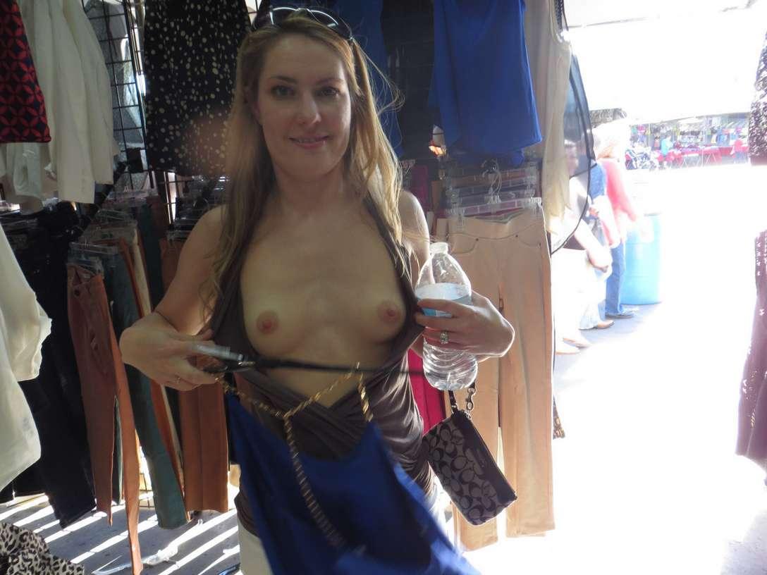 amatrice exhibe seins oops public (11)