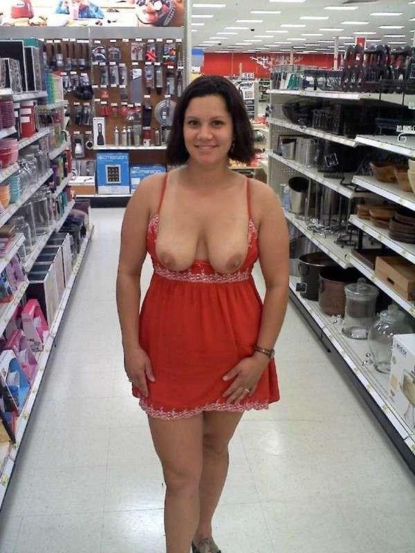amatrice exhibe seins oops public (9)