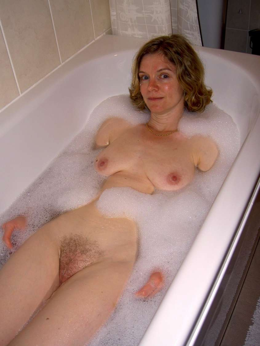 amatrice nue bain (19)