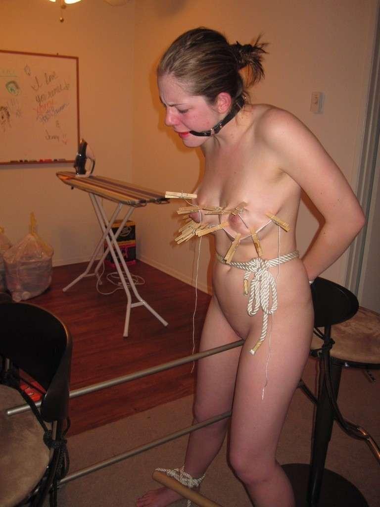 amatrice soumise nue bdsm (160)