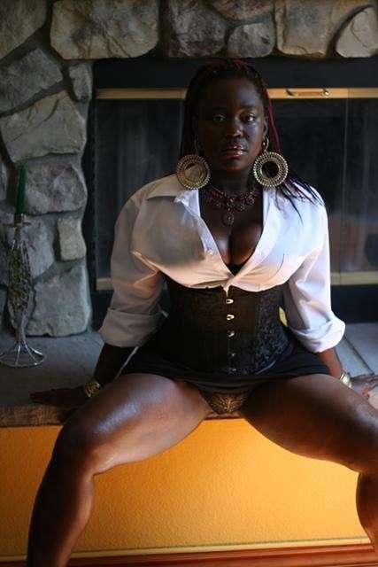 black nue cochonne (6)