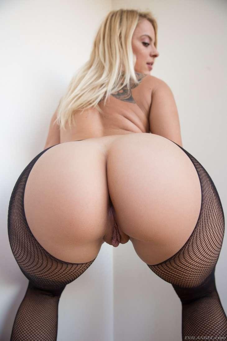 blonde cul nue sexy (3)