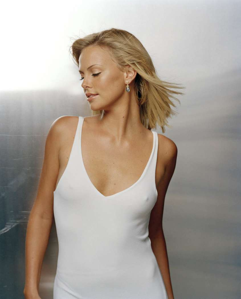 charlize theron non nue (2)