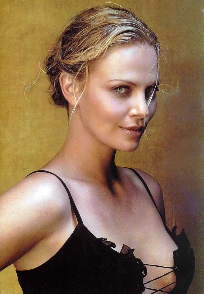charlize theron non nue (21)