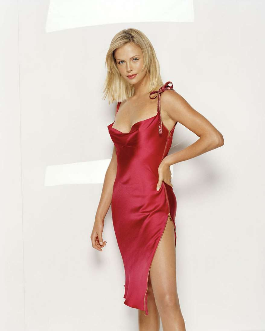charlize theron non nue (3)