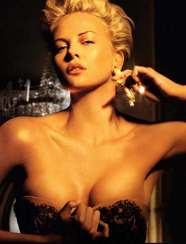 charlize theron non nue (5)