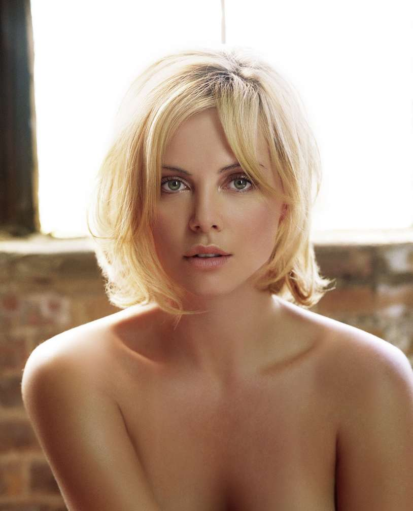 charlize theron non nue (7)
