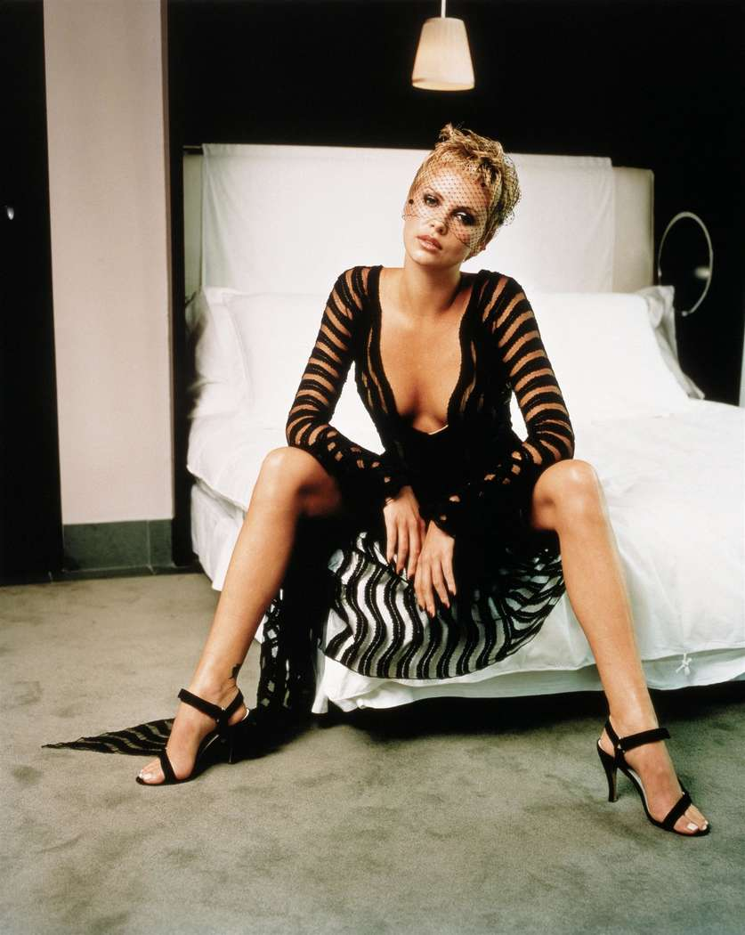 charlize theron non nue (8)