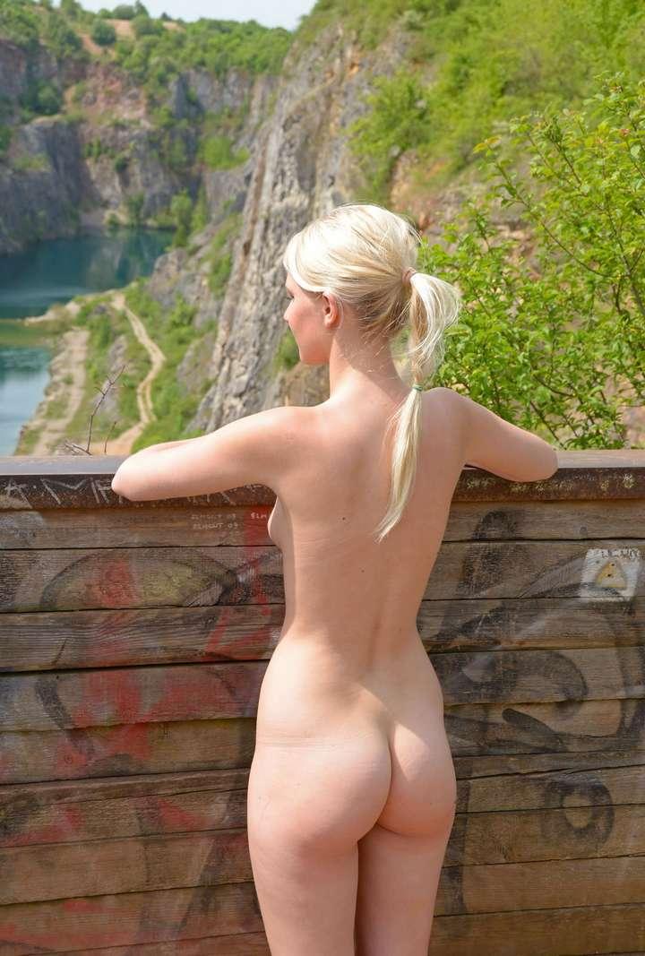 cul blonde nue (6)