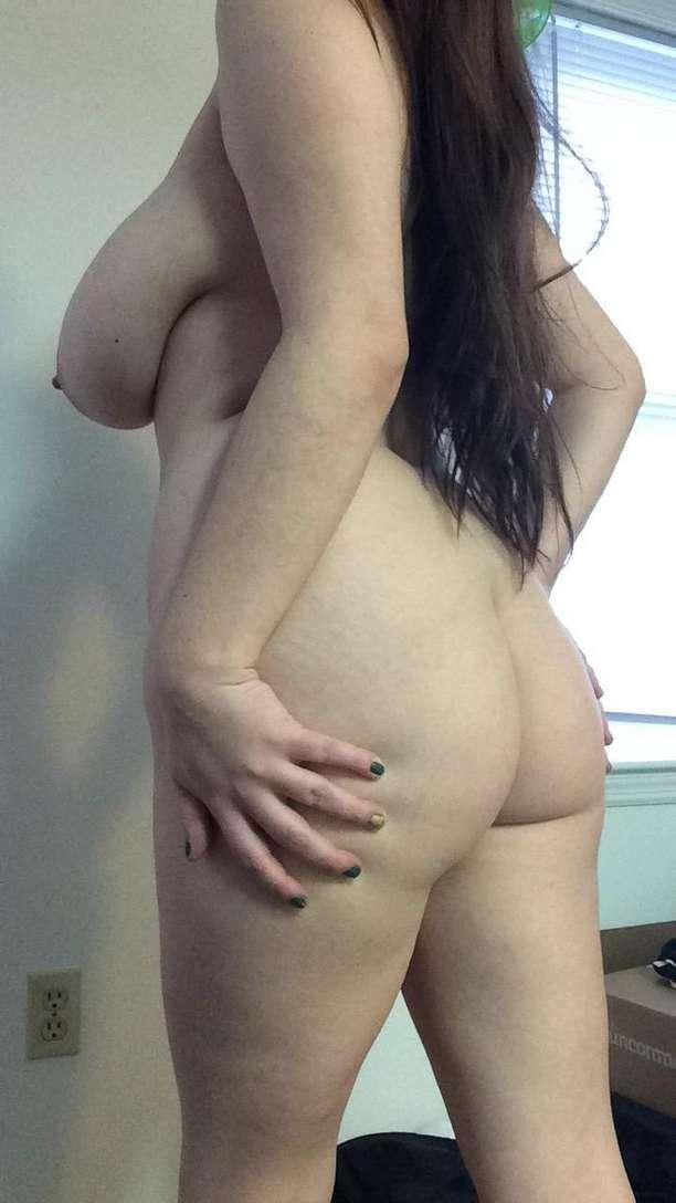 cul nue fille ronde (19)