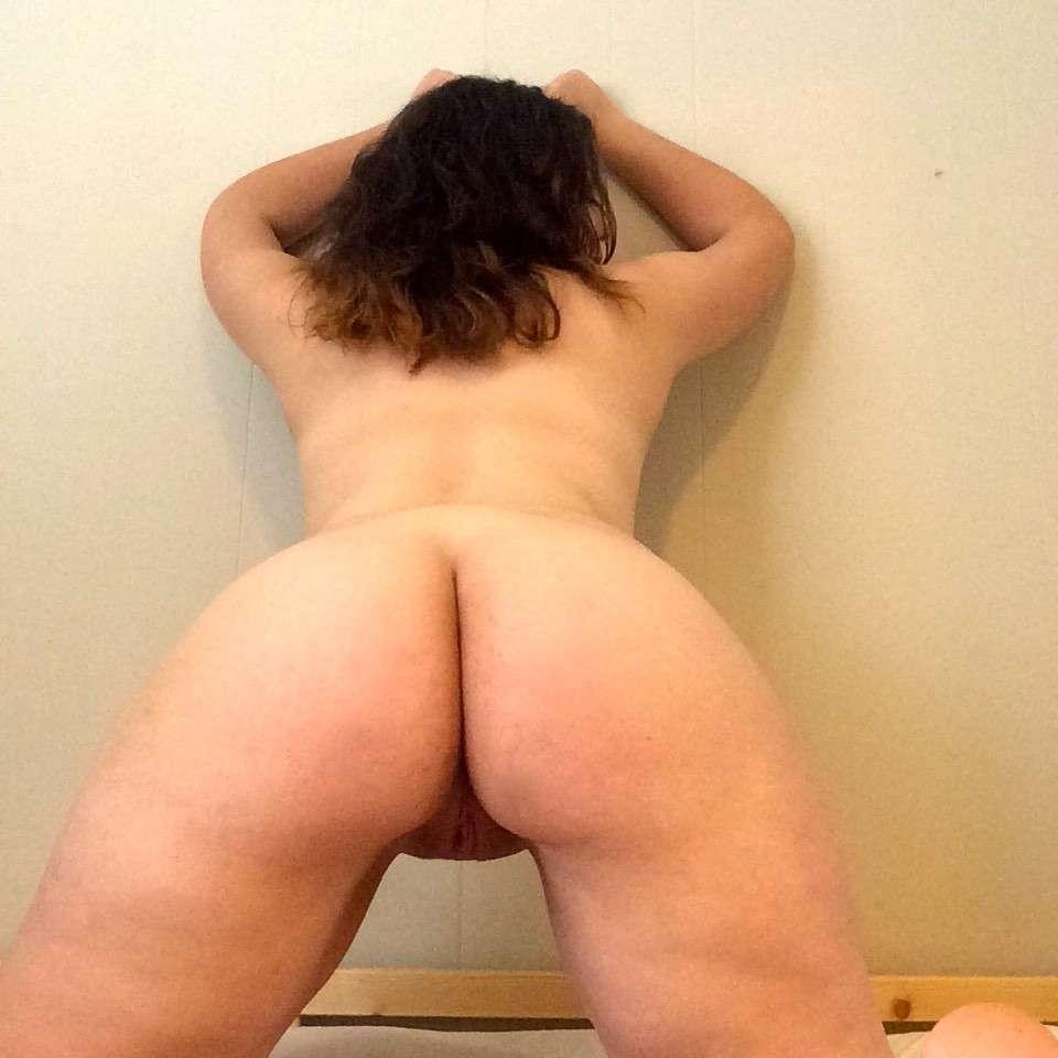 cul nue fille ronde (6)