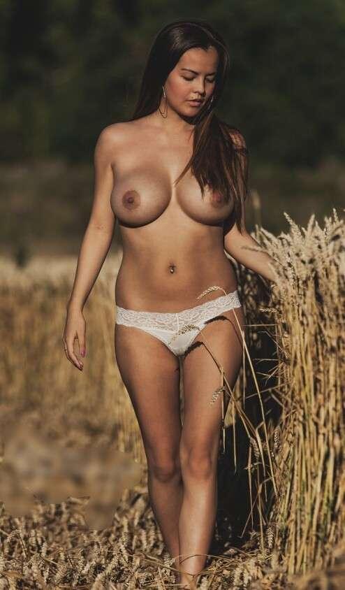 culotte topless nue (16)