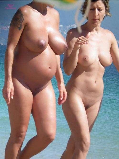Femmes nues enceintes gratuites
