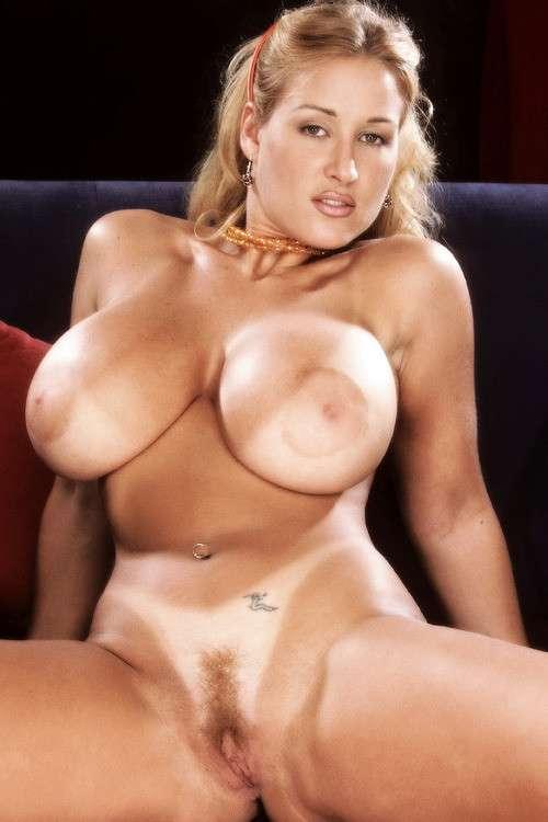 enormes seins naturels (12)