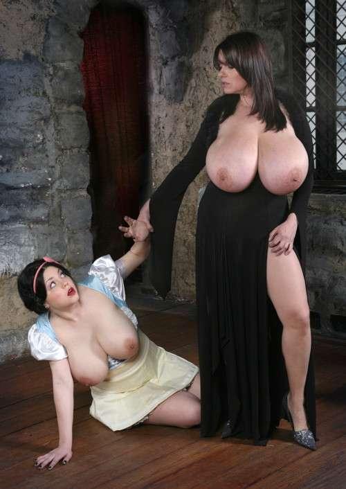 enormes seins naturels (8)