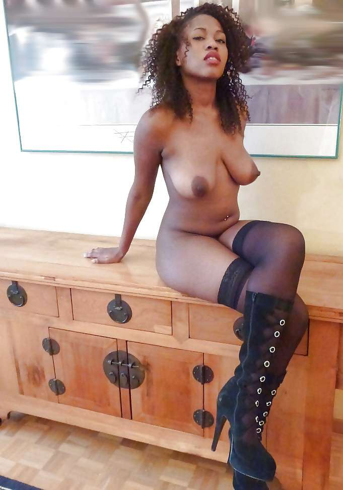 fille africaine nue (2)