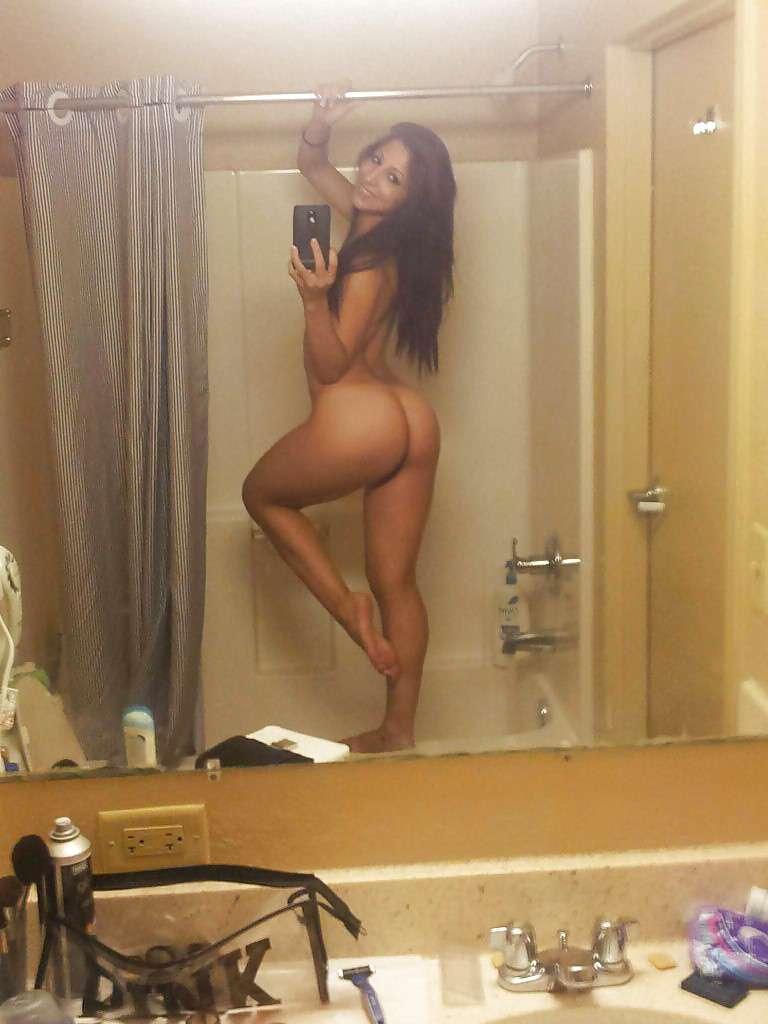 fille nue selfie (5)