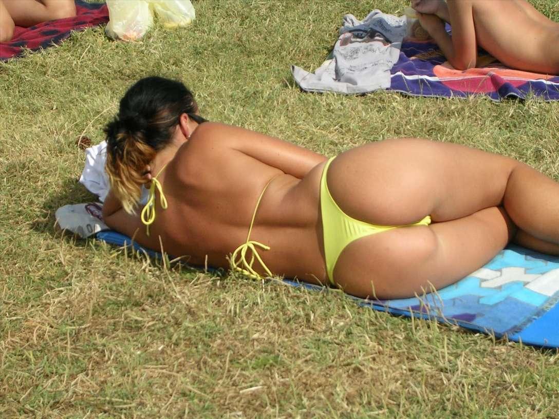 fille sexy bikini jaune (18)