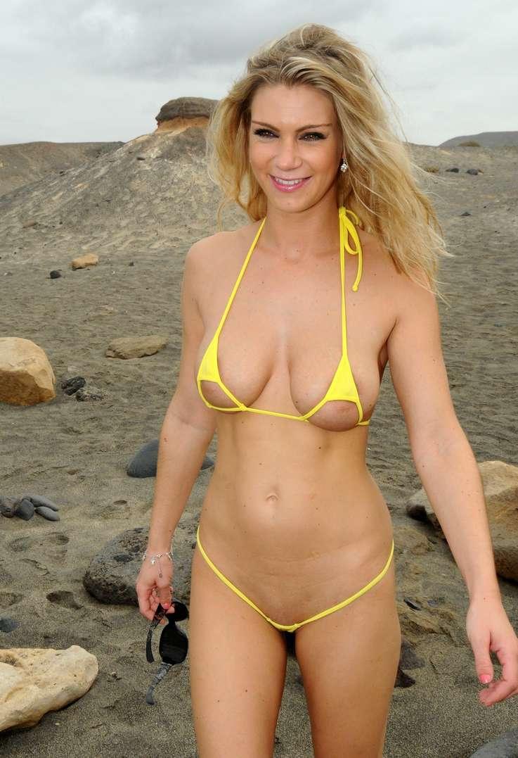 fille sexy bikini jaune (22)