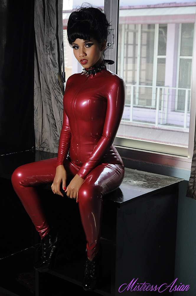 fille sexy latex (12)