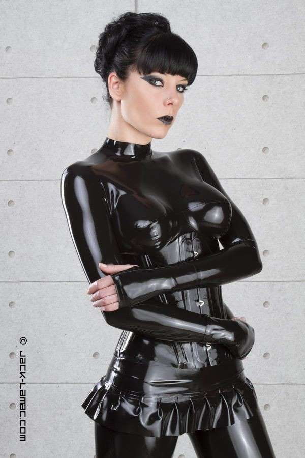 fille sexy latex (14)