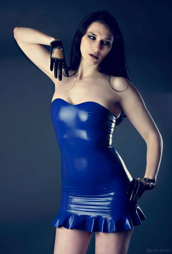 fille sexy latex (25)