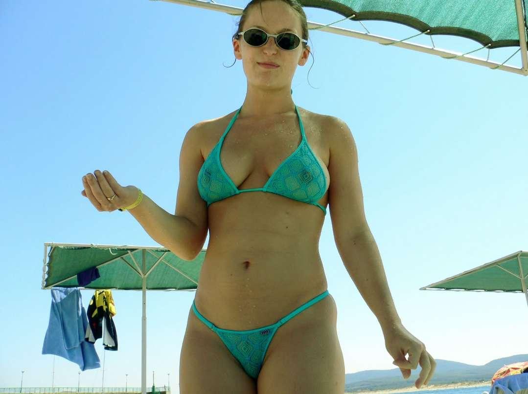 gros seins bikini fille sexy (24)