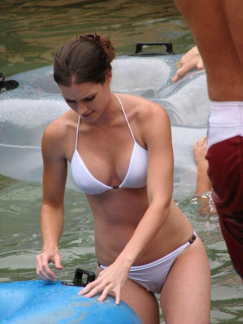 gros seins bikini fille sexy (26)